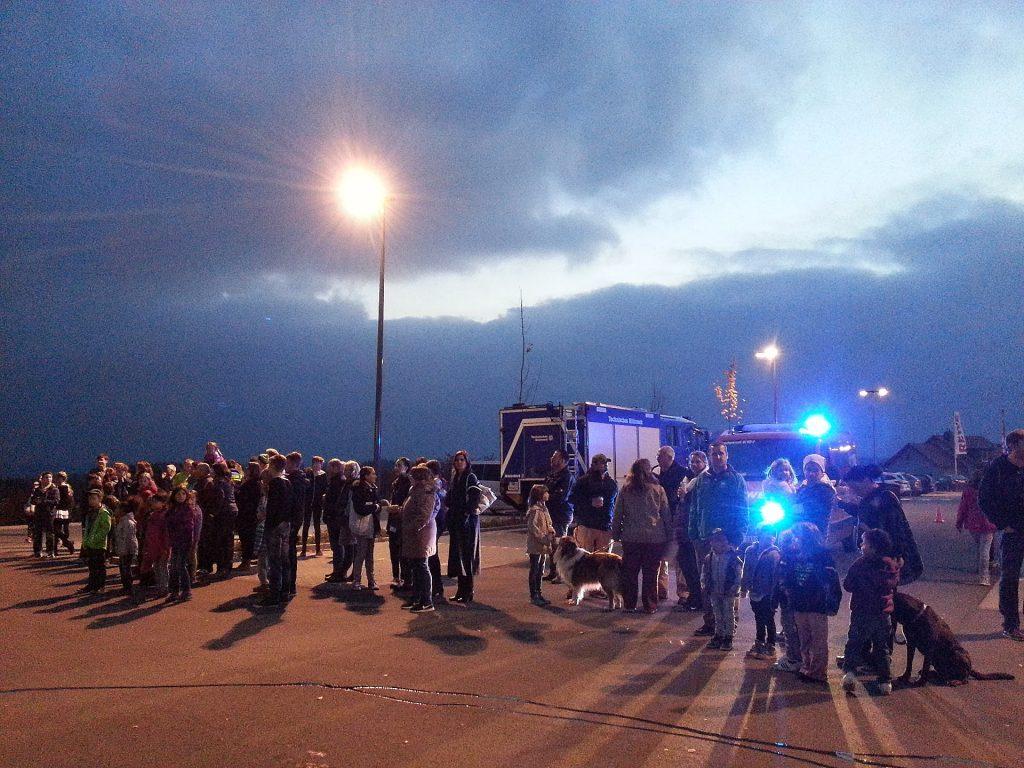 Eindrucksvolle Vorführung der Jugendfeuerwehr Kemel beim Oktoberfest in Kemel