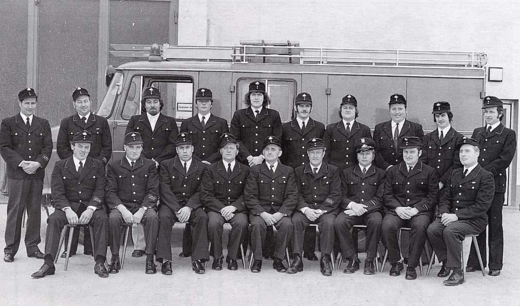 Einsatzabteilung 1975 vor LF 8