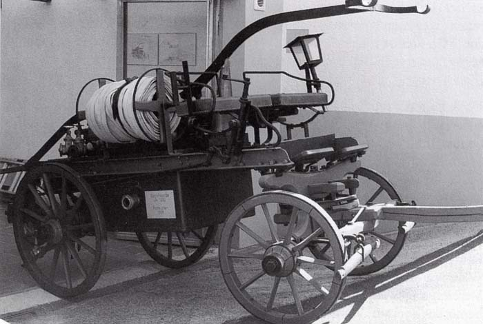 Die alte Saug- und Druckspritze, Baujahr 1885