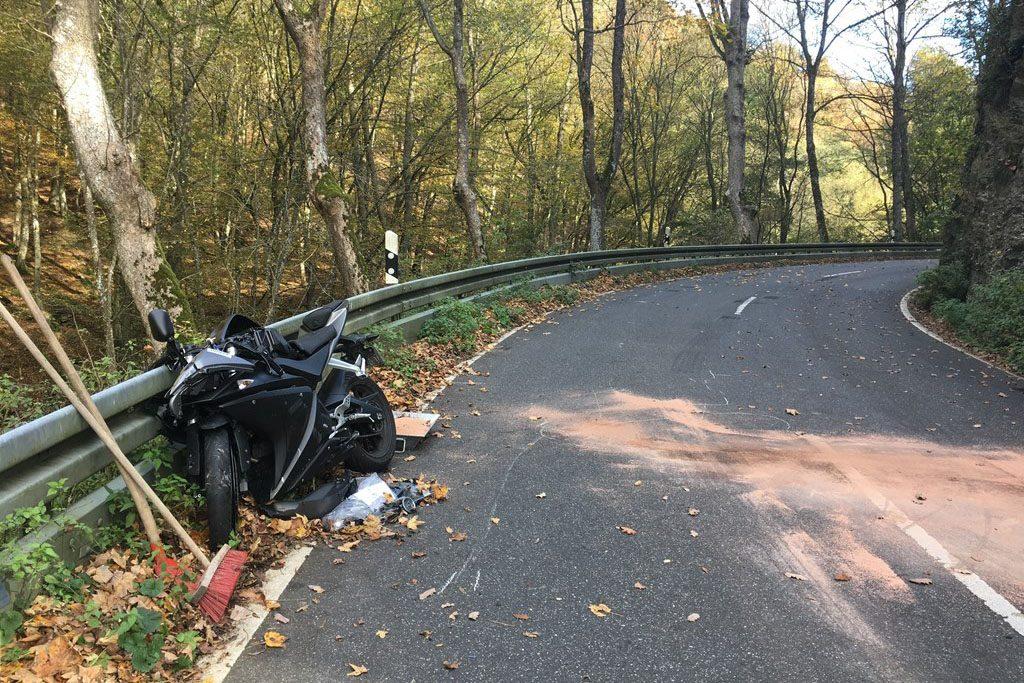 Motorradfahrer auf der Wisperstraße verunglückt - Zwei Verletzte