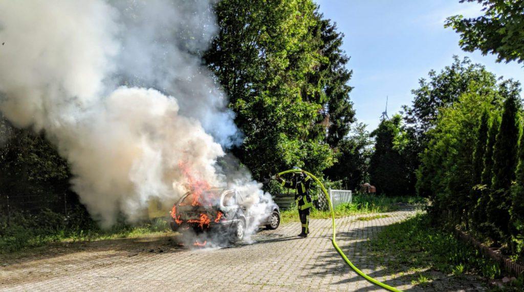Brennender Pkw